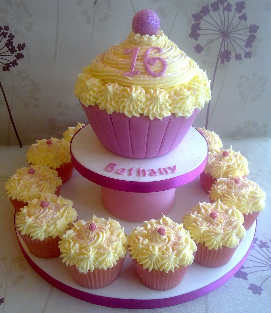Big Cupcake Images : Sparkly Giant Cupcake Tower www.creationsbypaulajane.co ...