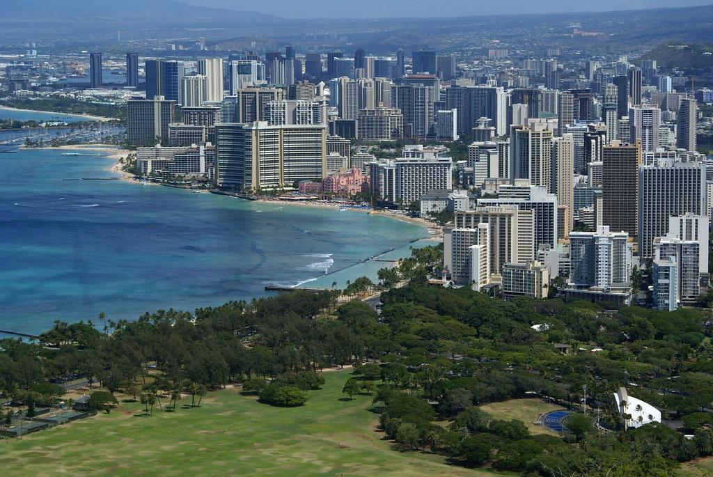 Diamond Head Beach Hotel Condo Rentals