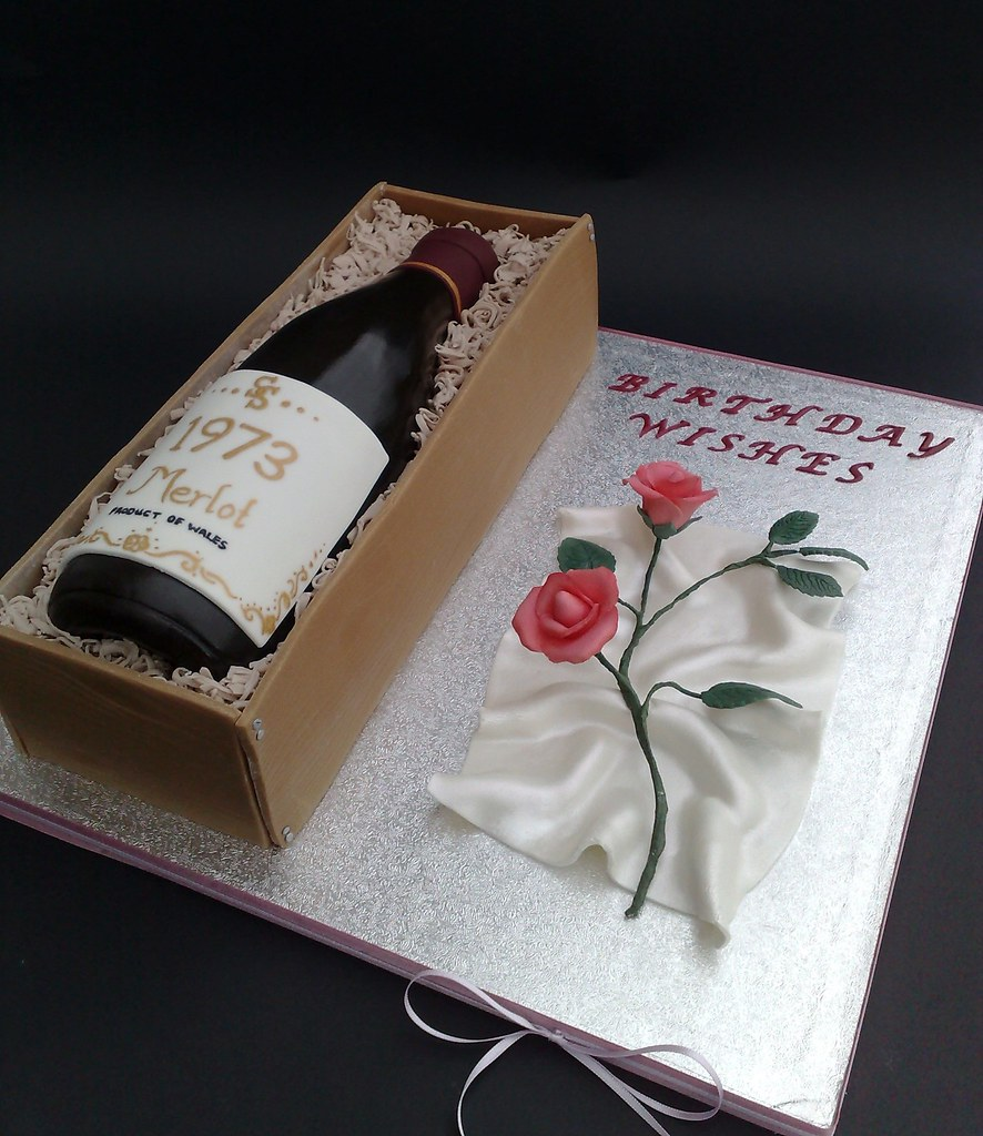 Cake Design Wine Bottle : Wine Bottle Cake With Rose For Sharon I was asked to ...