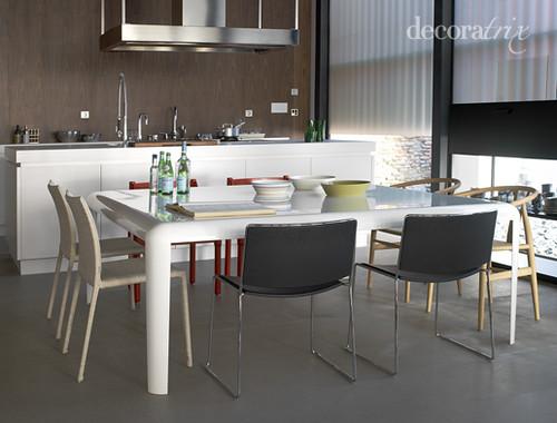 Mezcla sillas de estilos diferentes pero la isla es - Sillas para islas de cocina ...