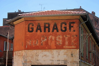 GARAGE DE LA POSTE | by just.Luc