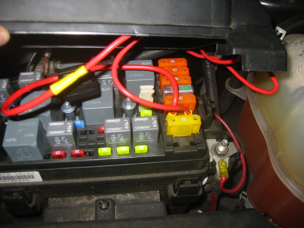 3 open fuse box here is the 30 amp fuse holder from. Black Bedroom Furniture Sets. Home Design Ideas