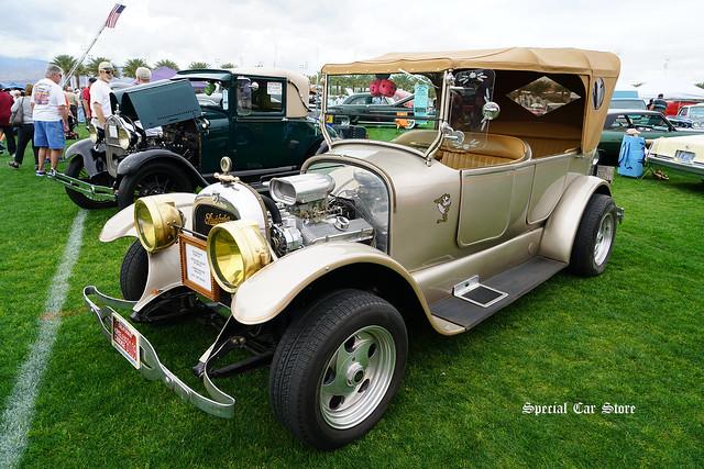 1919 Studebaker Touring Car