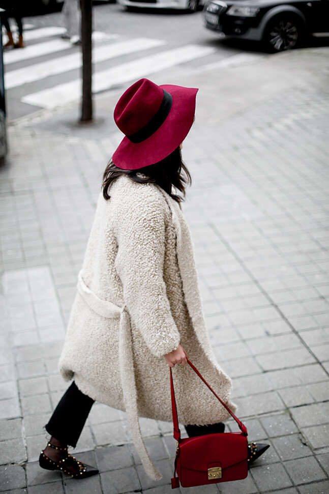 bailarinas-rockstud-valentino-garavani-rolling-furla-streetstyle-look12