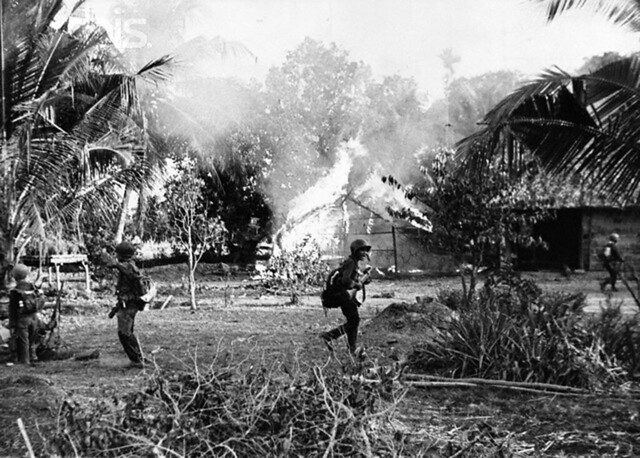 5 page essay on the vietnam war