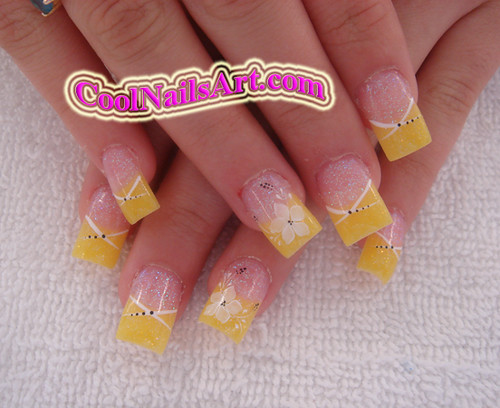 Nail Art Yellow Flower Coolnailsart Is A Website W Flickr