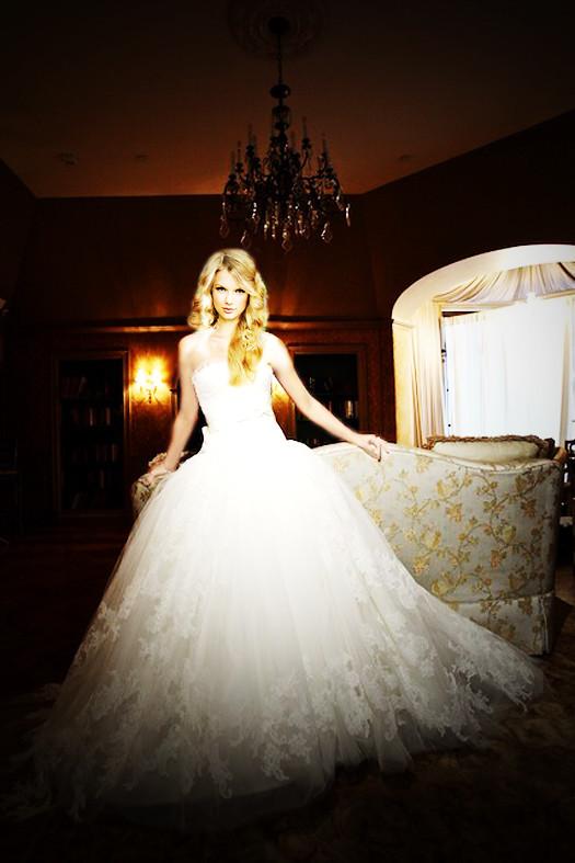 Taylor Swift Wedding Manip ♥ | Body: Danielle Jonas Request … | Flickr