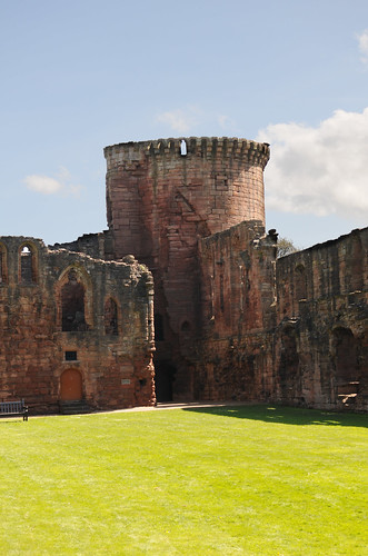 Bothwell Castle 01 | by South Lanarkshire Council