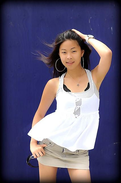 Meine liebste asiatische Sexbombe Sharon Lee wird in Dreier eingepfercht
