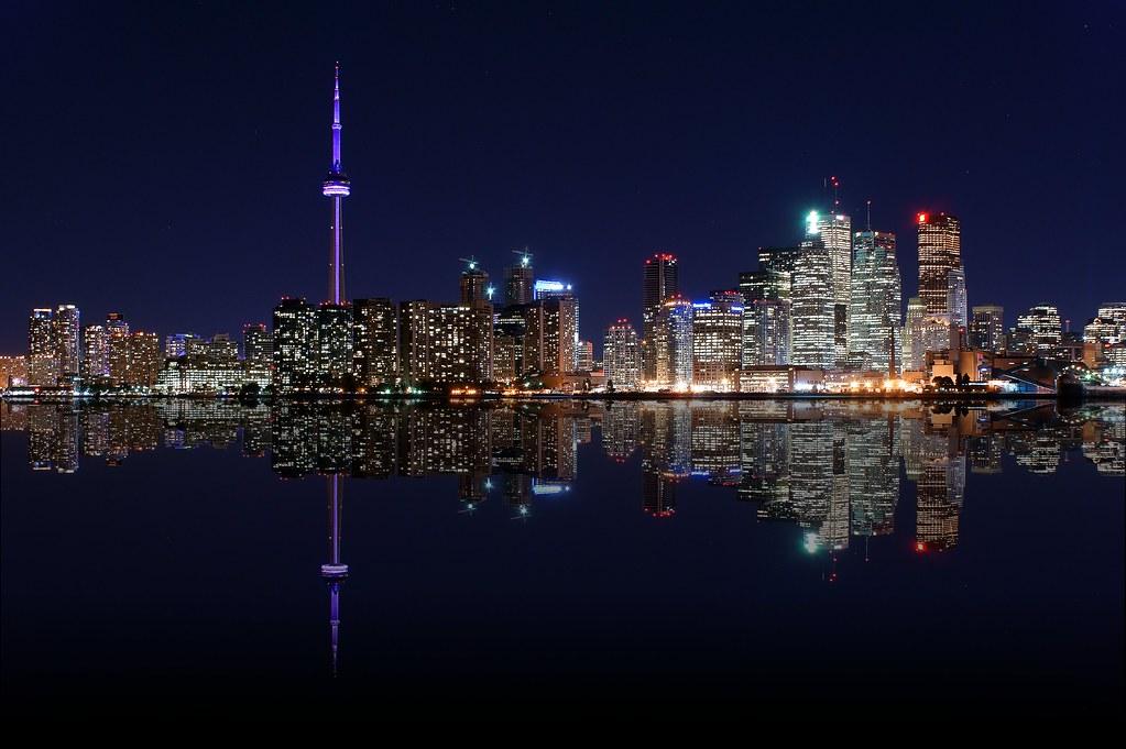 City At Night Toronto Downtown Toronto At Night Flickr