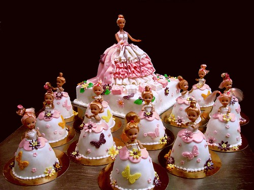 Latest Barbie Cake Design : Barbie cake and mini barbie cakes Irena Flickr