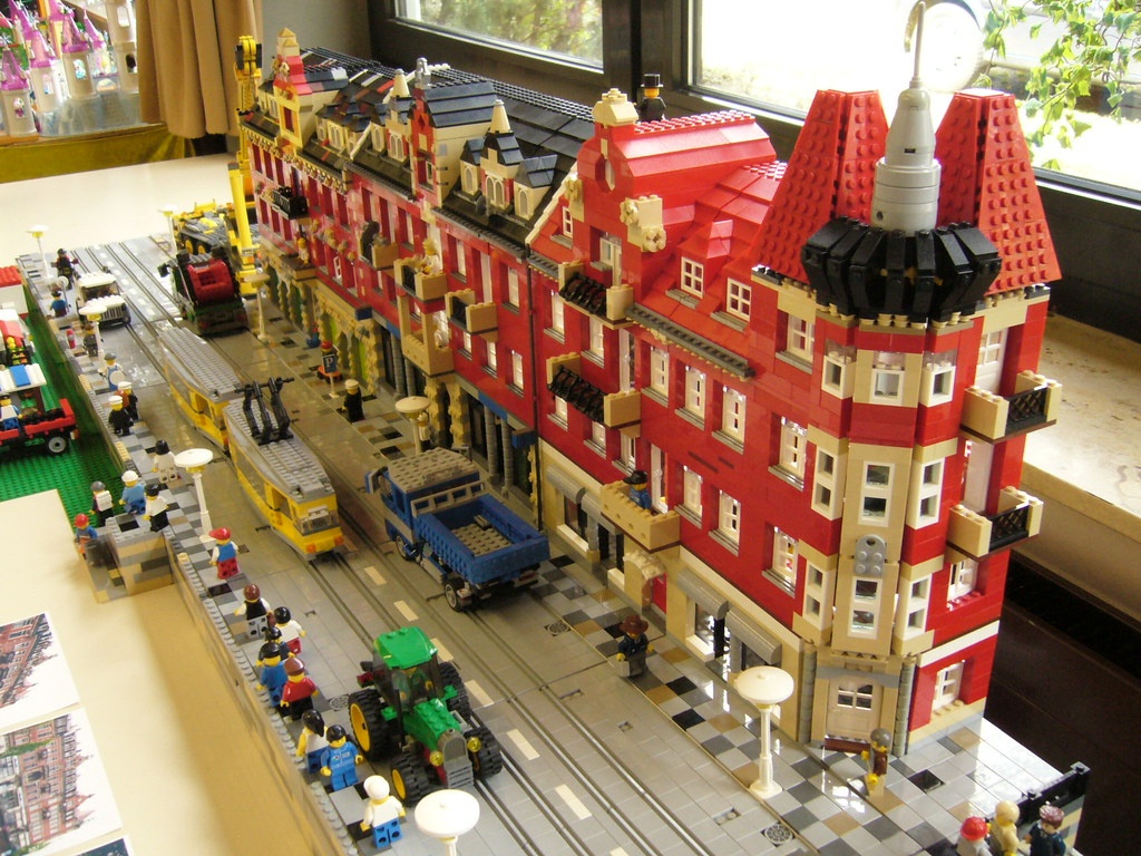 Lego City Scene With Tramways This Is A Street Scene I