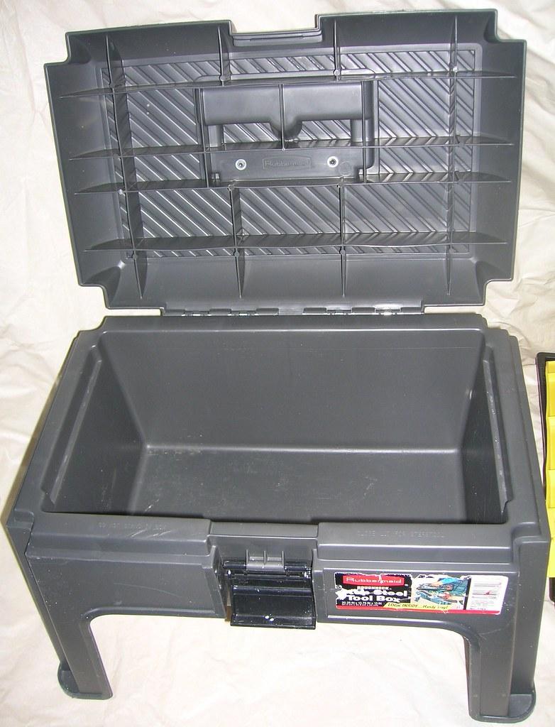 Rubbermaid Tool Box Stepstool 10 028 Rubbermaid Tool