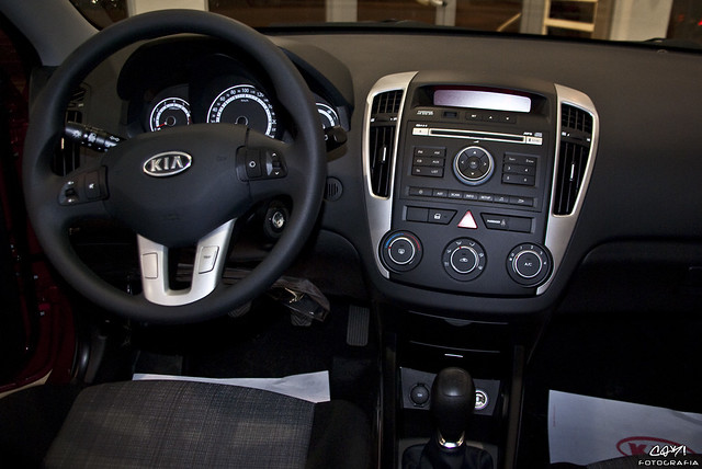 Interior kia ceed concept 2010 flickr for Interior kia ceed