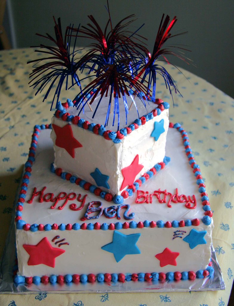 4th Of July Birthday Cake Bottom Is 10 Chocolate Cake Wit Flickr