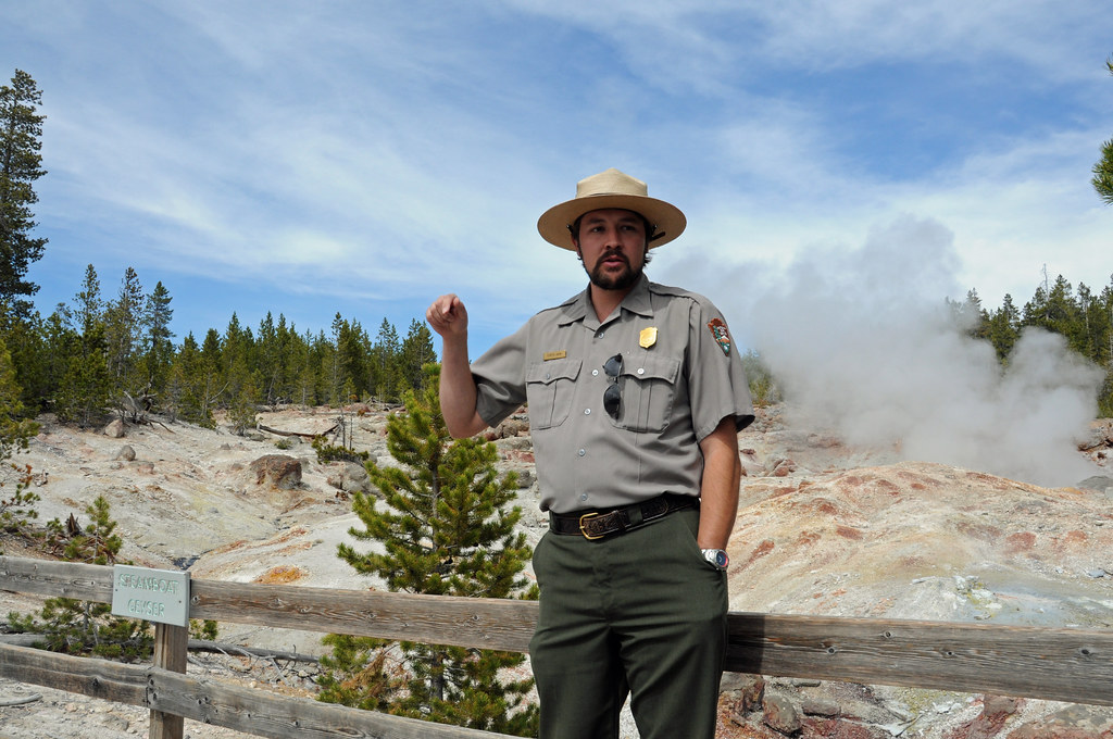 """national park online dating According to matchcom, 40 million americans use online dating services,  on  tinder for """"quite a while,"""" she met with him after 10 pm at a nearby park  826  national is seeking bright and innovative candidates for the 826."""