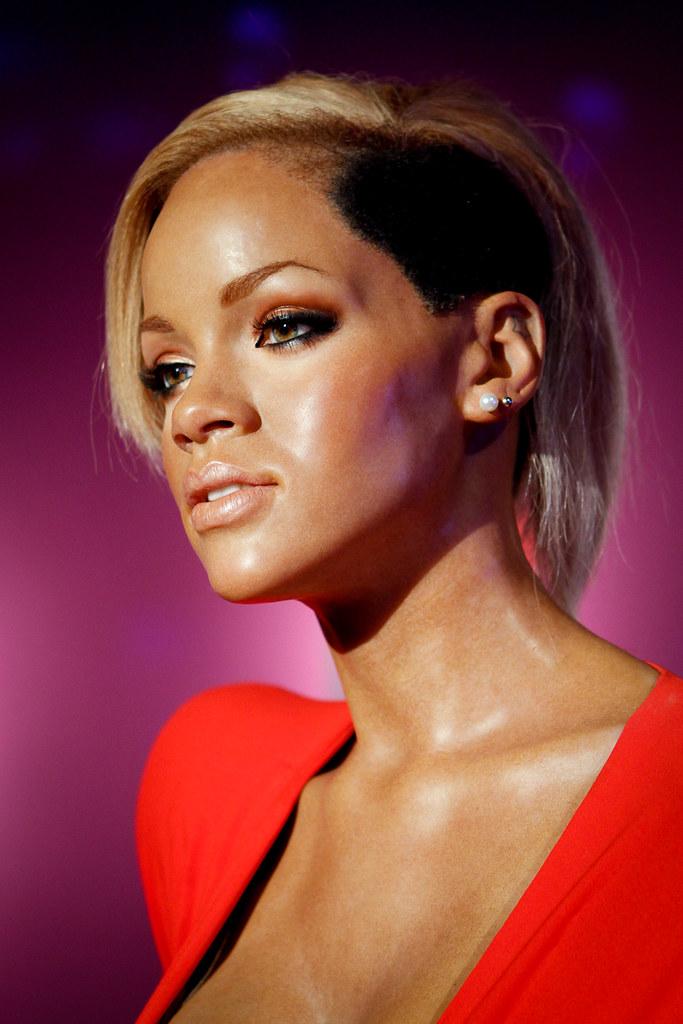 Rihanna | Madame Tussa...