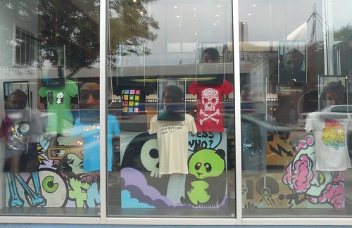 Threadless Store window - 7/24/2009 | by ozmodiar