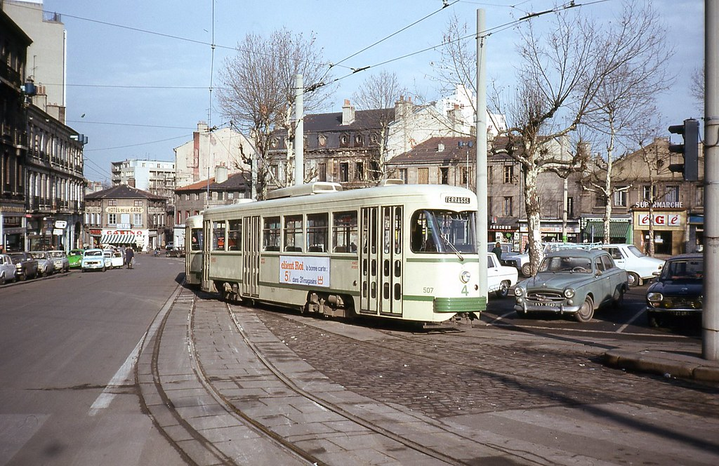 Trams de saint etienne france photo trams aux fils - Chambre des metiers st etienne ...