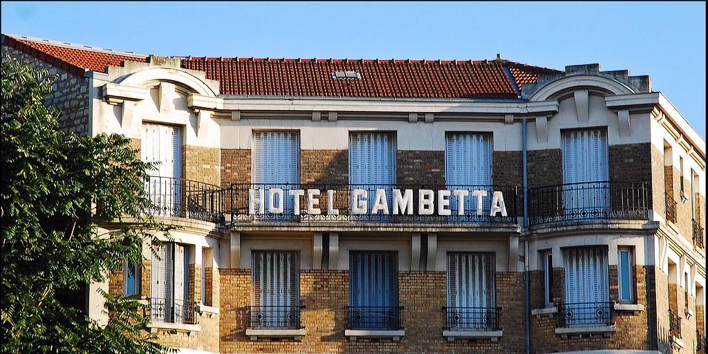 1 3 octobre 2009 ivry sur seine place gambetta h tel. Black Bedroom Furniture Sets. Home Design Ideas