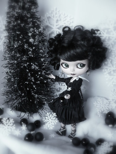 Devon of Salem wishes you a gothic Christmas! | by LadyGuinevere!