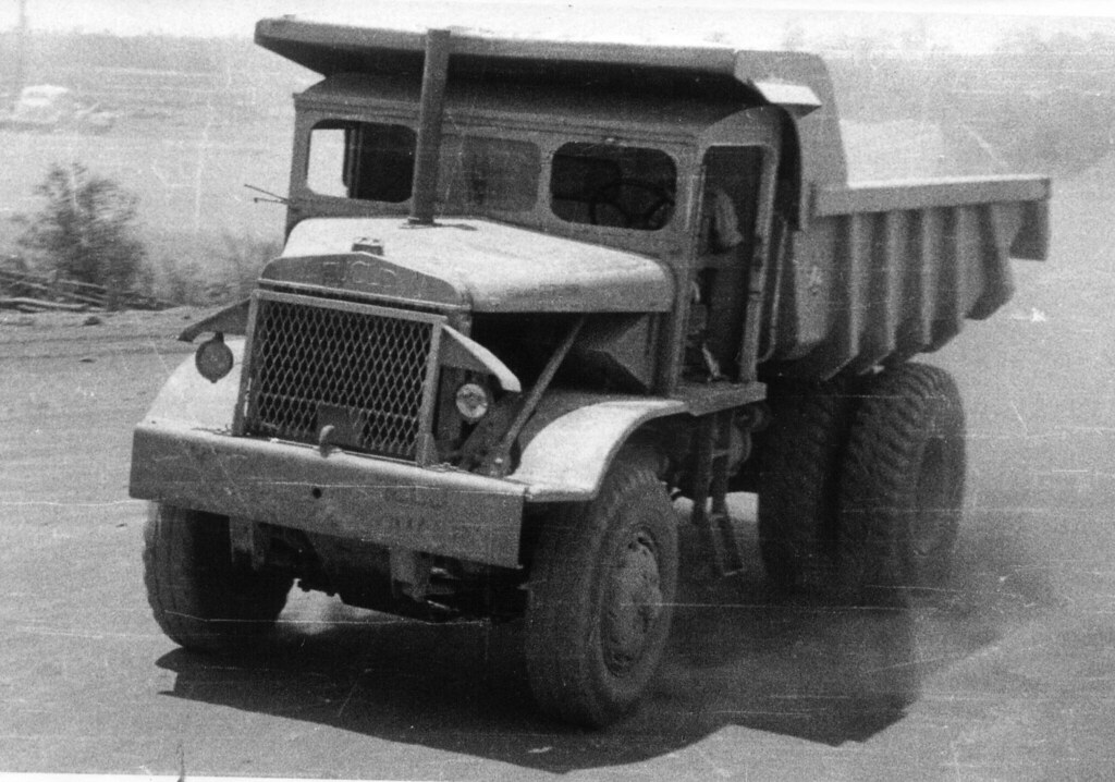 Photograph 0018 - Euclid Dump Truck 5ACS RAAF Darwin 1958 | Flickr