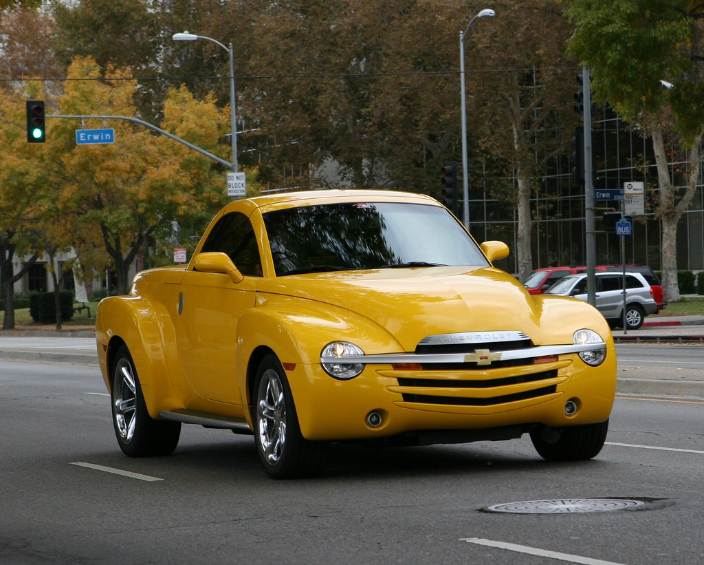 Chevy SSR | The Chevrolet SSR (Super Sport Roadster) was a ...
