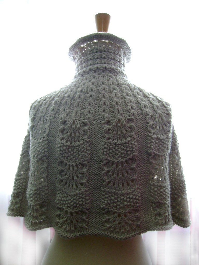 Knitted capelet / cape / poncho in a shade of light linen ? Flickr