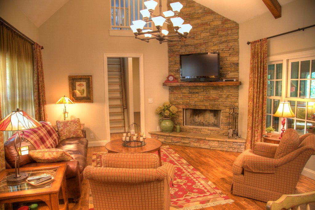 Cottage model living room gorgeous cathedral ceilings with flickr for Pictures for living rooms what is in style