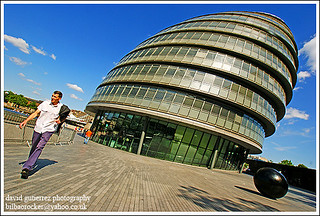 London City Hall   - Summer Stroll in Purple Trousers | by davidgutierrez.co.uk