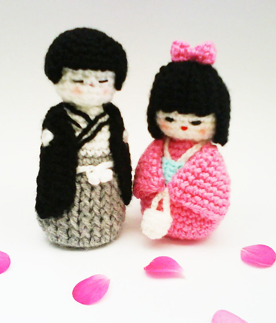 Japanese Amigurumi Blog : kokeshi couple amigurumi crochet pattern kawaii kokeshi ...