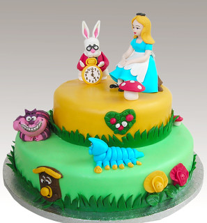 Alice in wonderland cake | by Gellyscakes
