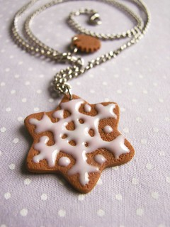 christmas ginger cookie necklace - glaced pink snowflake - small | by pokkuru.