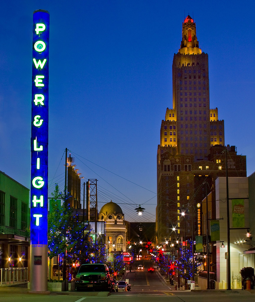 Kansas City Power And Light District This Is A Night