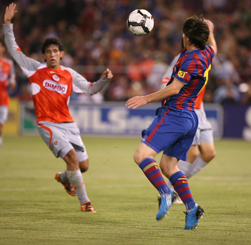 Messi bicycle kick small bpollzzie flickr - Messi bicycle kick assist ...