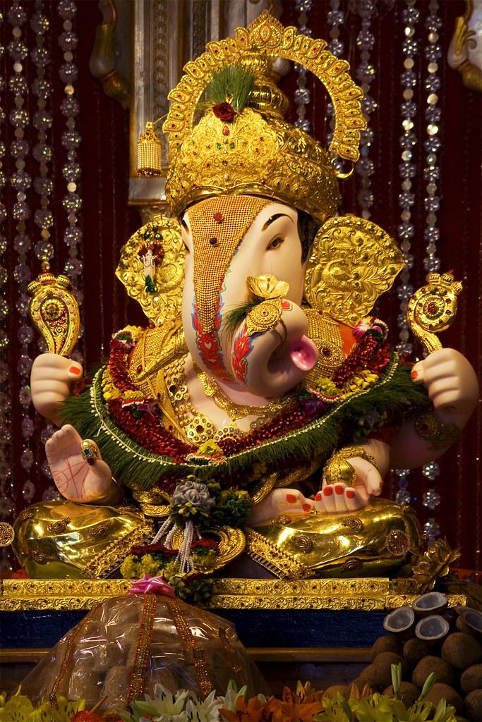 Dagdusheth Halwai Ganpati Vaibhav Kamble Flickr