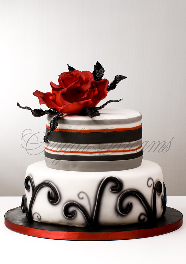 Black Beauty Unusual Wedding Cake Color Combo Decorate Wi Flickr