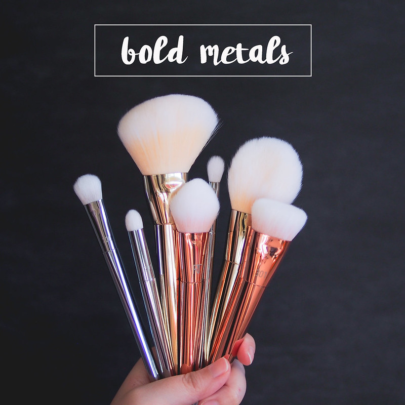 Real Techniques Bold Metals brush review