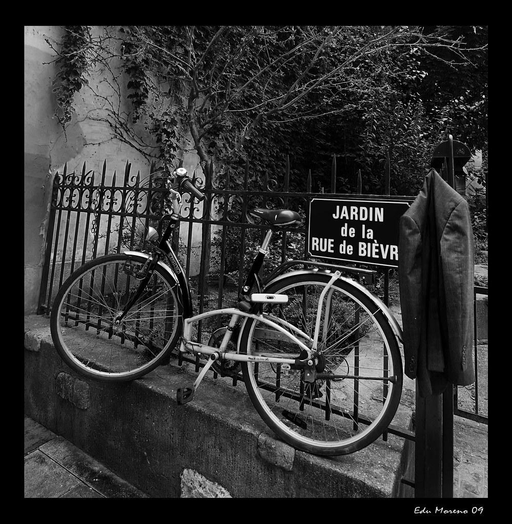 Jardin de la rue de bi vre eduardo moreno flickr for Jardin 122 rue des poissonniers