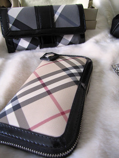 accessories-gucci-burberry-tom-ford-dolce-vintage-3 | by ...love Maegan