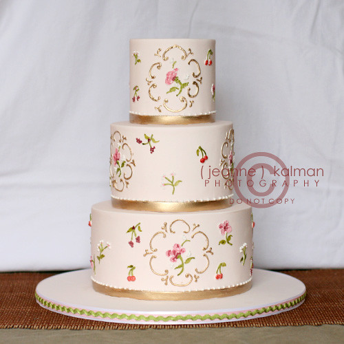 unusual wedding cakes ideas pretty piped flowers and gold today s cake a small 21490