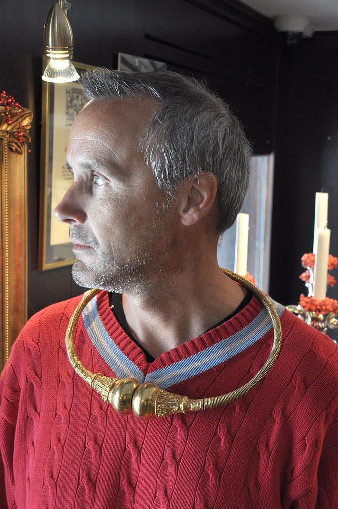 The man in red   Vart havor ringen tagit vägen?   Lars ...