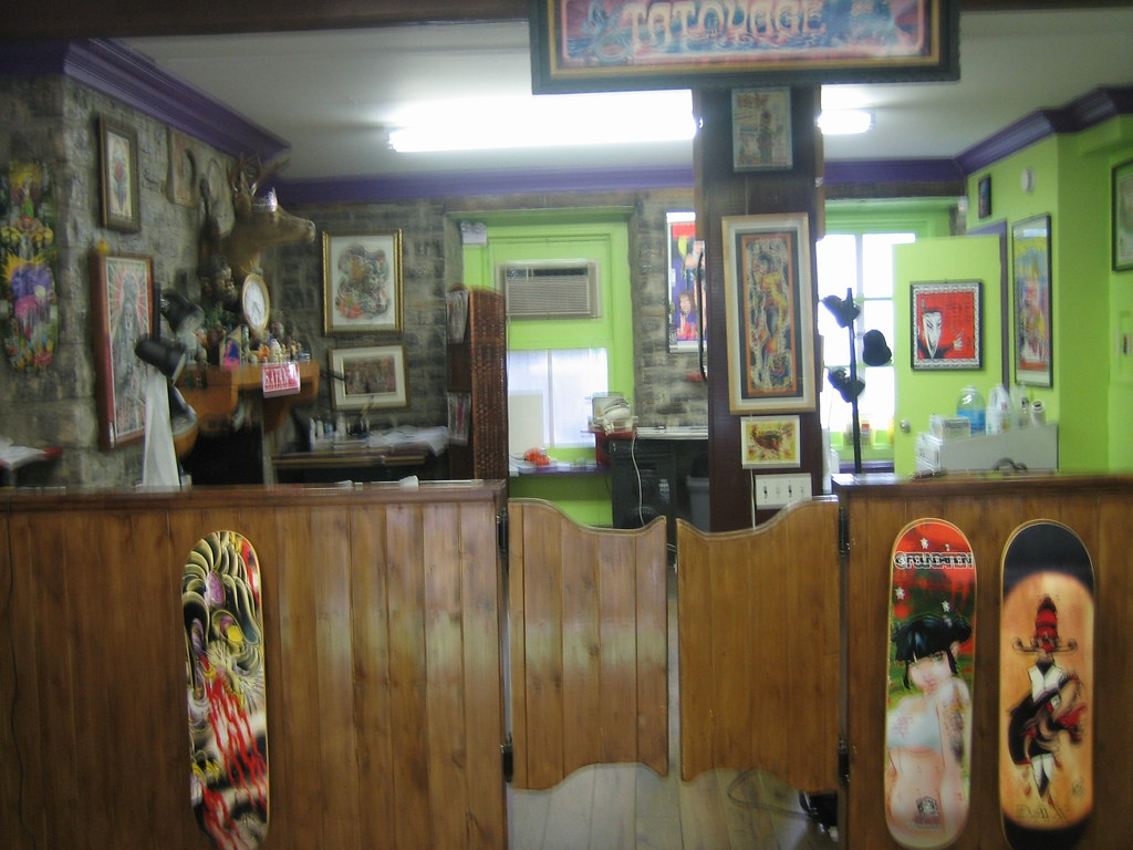 tattoo shop interior mamajowea flickr