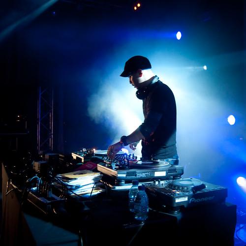 DJ Mitsu The Beats - Midnight Roses