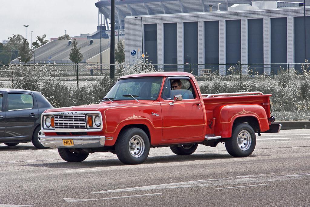 Dodge D100 Warlock Custom 150 Stepside Pick-Up Truck 1977 … | Flickr