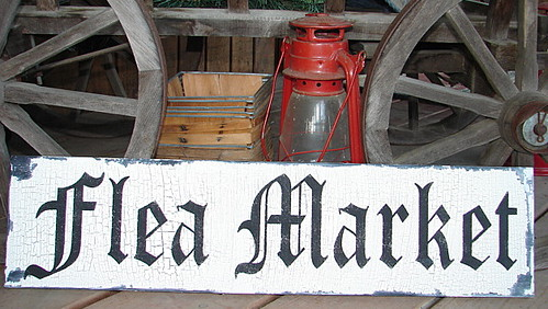 Flea Market Signs See Family Attic Shoppe For Cottage