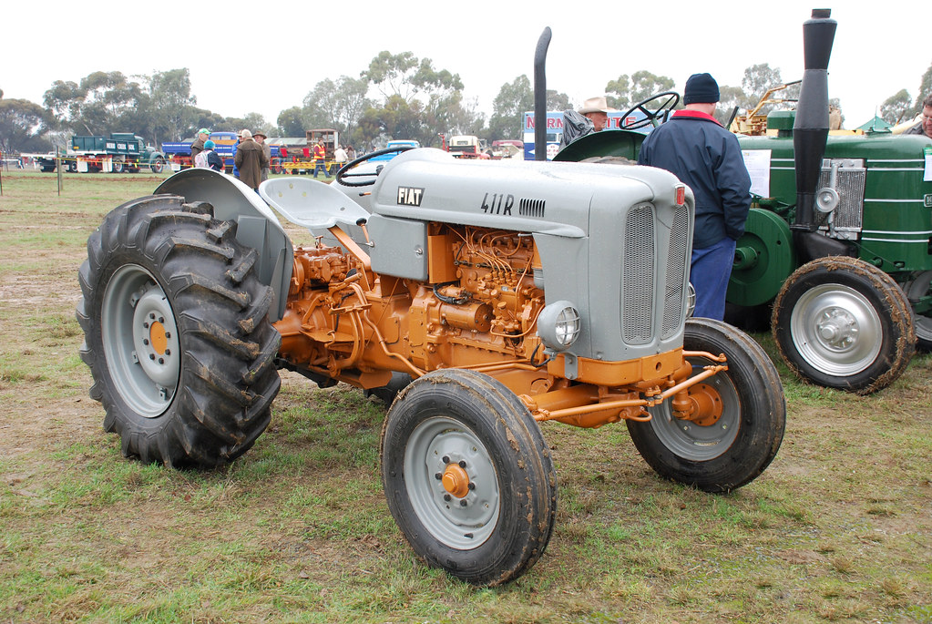 1958 Fiat 411R tractor