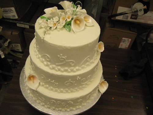 rough icing wedding cake calla lilly wedding cake the icing looks because 19317