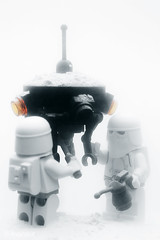 Lego Snowtrooper Probe Droid Maintenance Squad | by Avanaut