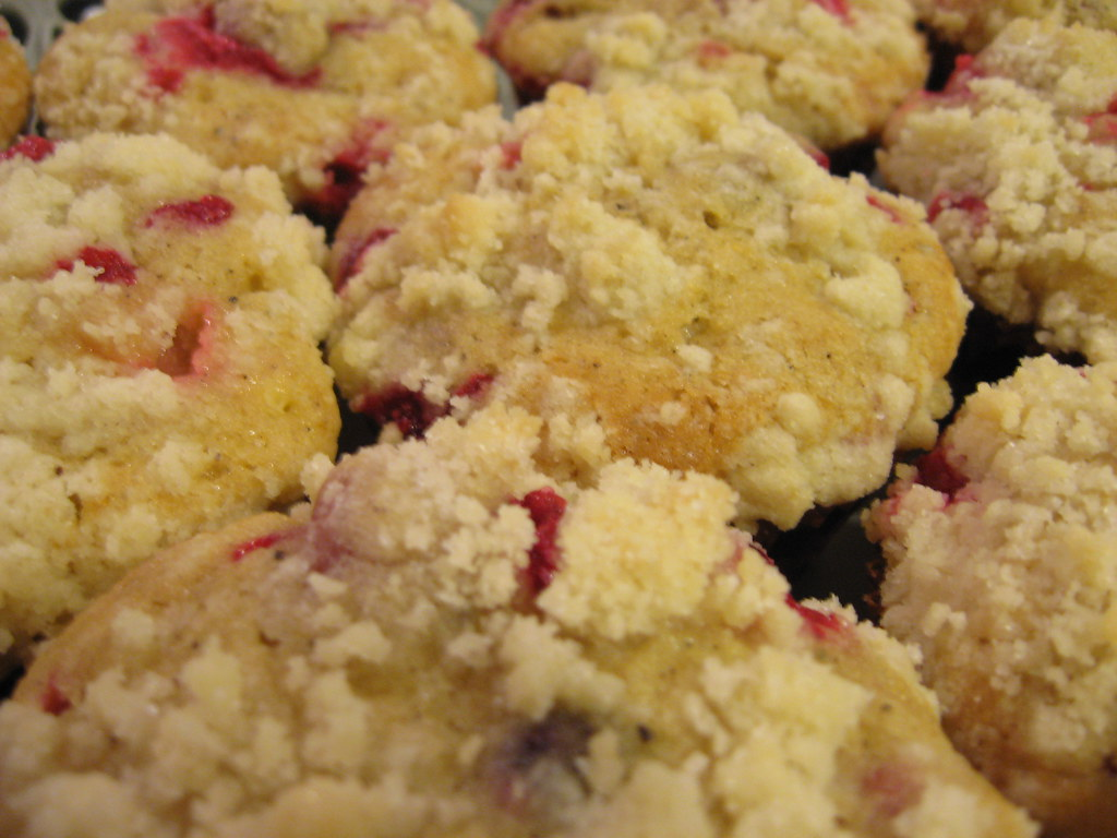 Cranberry Coffee Cake With Prepared Cranberry Sauce